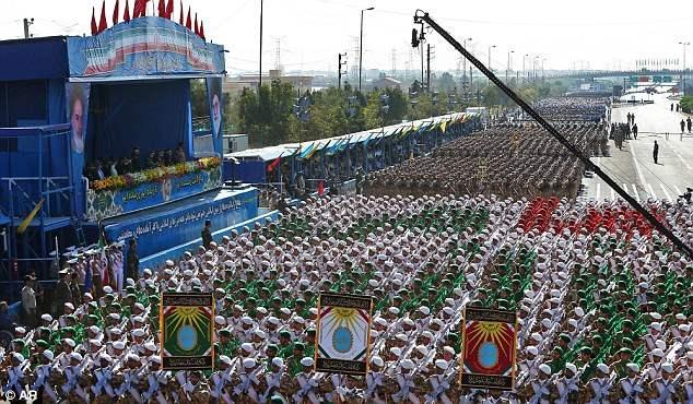 iran-parad-5