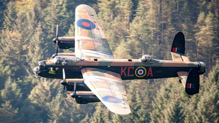 Lancaster flies over Dambuster dam