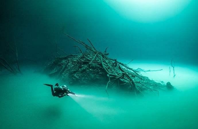 podvodnaya-reka-2