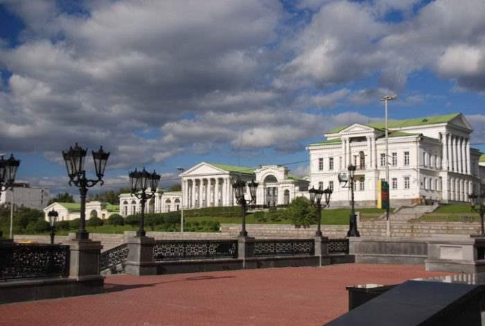 xartinovskij-dom