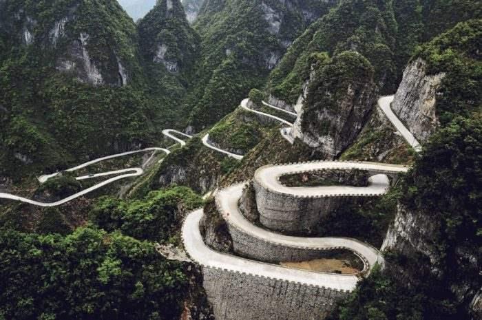 Горная дорога Тианмен, Китай