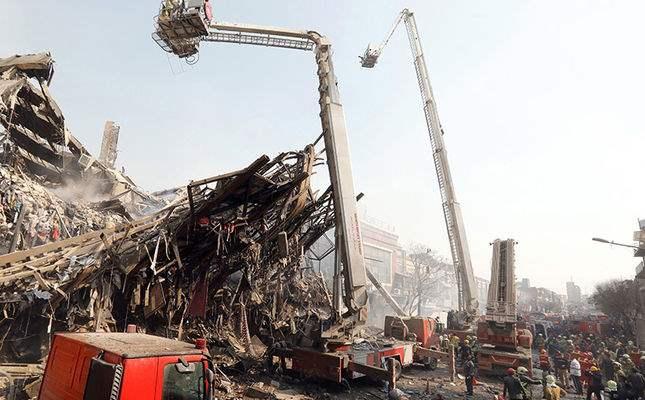 Тегеран, обрушение здания