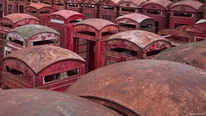 Телефонные будки в Суррей