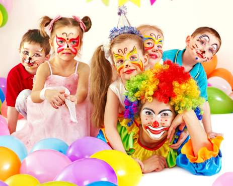 Children and clowns