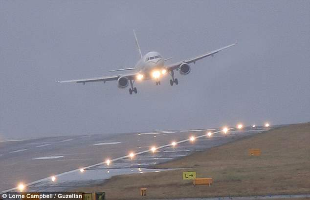 Ветер самолет аэропорт