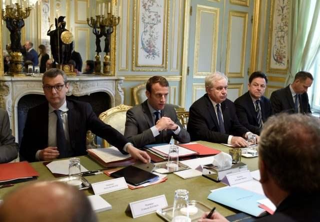 Франция чрезвычайное положение (2)