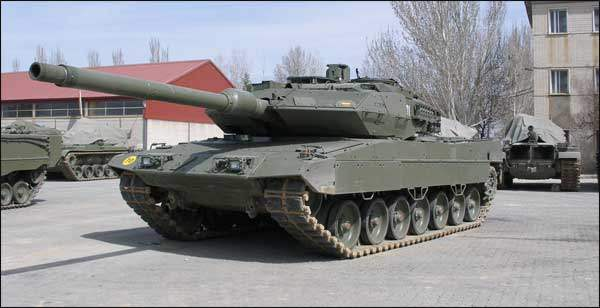 Leopard2A6E-01
