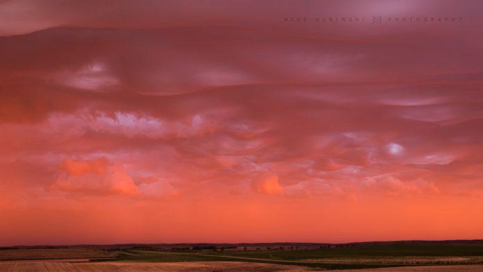Кровавые облака