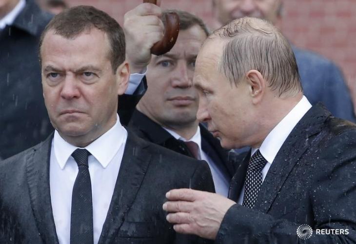 Мокрый Медведев