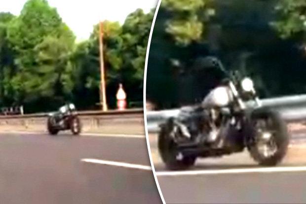 Мотоцикл-призрак