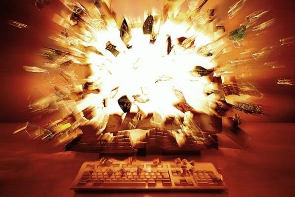Взрыв компьютера