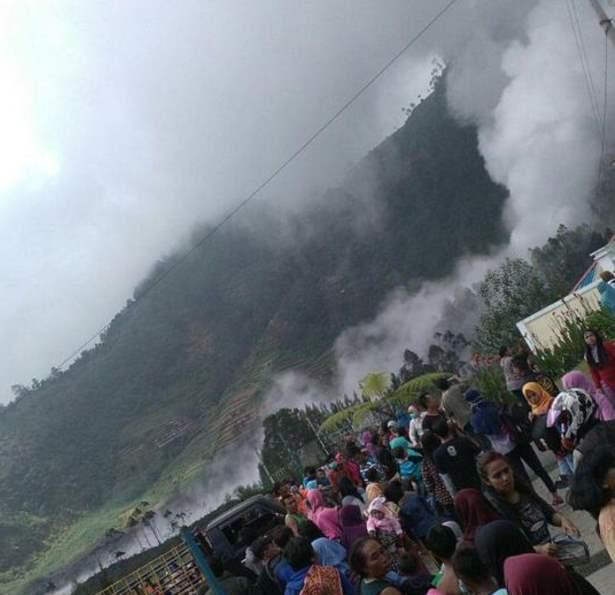 Извержение Индонезия