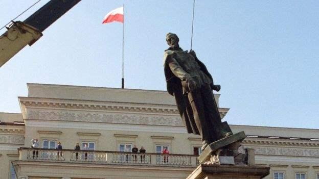 Польша памятники