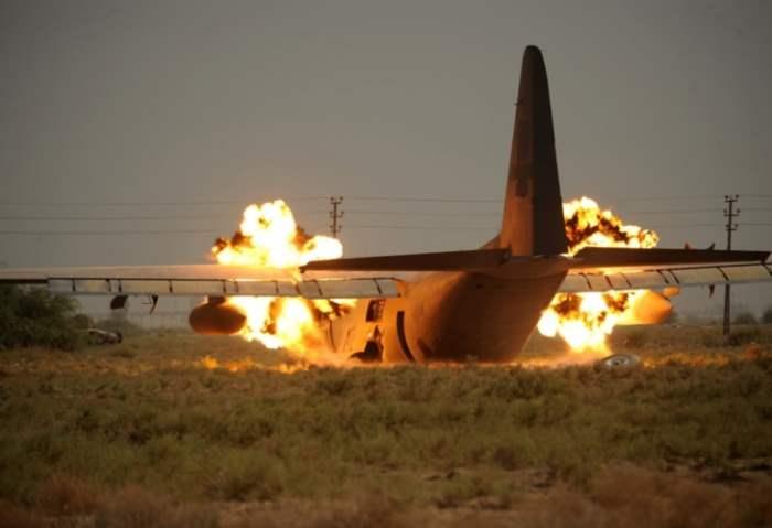 Талибы сбили самолет