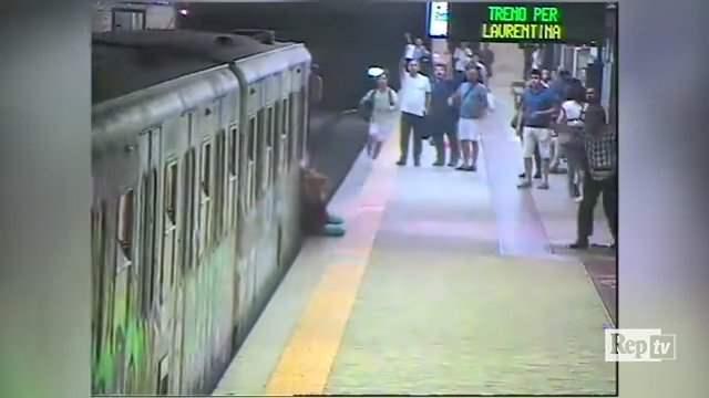 метро,Рим,Италия,женщина из Беларуси,Наталья Гаркавич