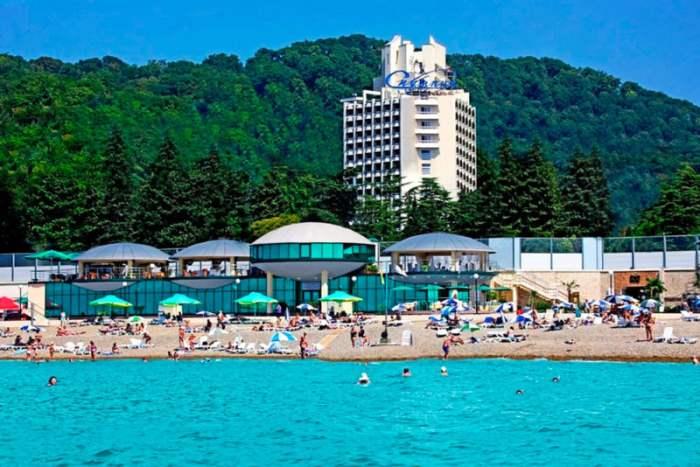 пляж-отель-Спутник