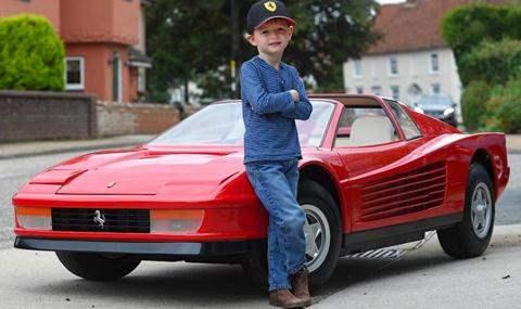 Детский автомобиль Ferrari Testarossa