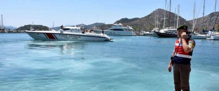 Турция затонул катер
