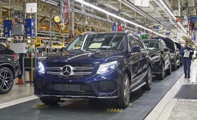 Benz направит $1 млрд впроизводство электрокаров вСША