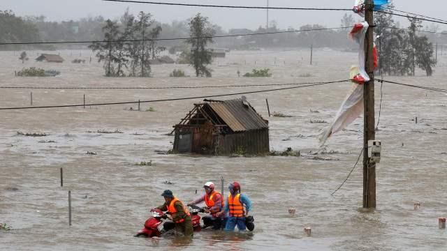 Тайфун Доксури