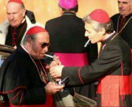 В Ватикане запретили сигареты