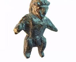 Игрушка археология