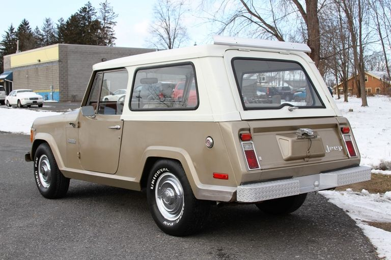 Jeep Jeepster Commando V8