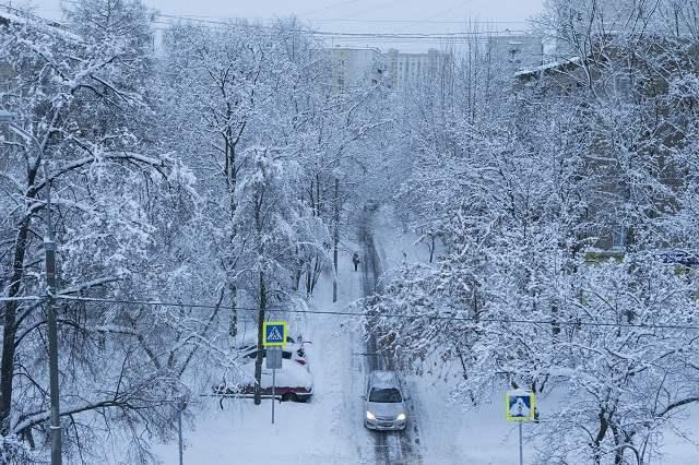снег москва