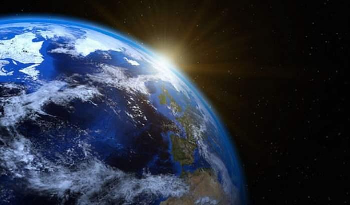 Линия Земля