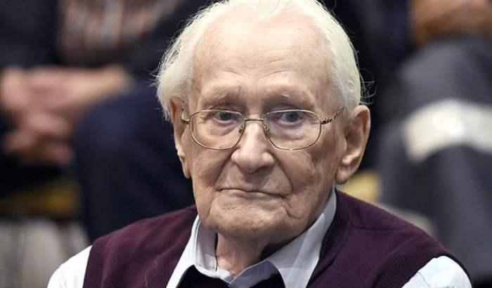 Оскар Грёнинг