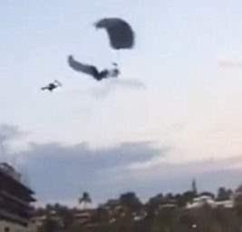 мексика парашютисты