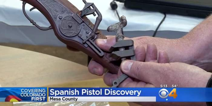 пистолет испания