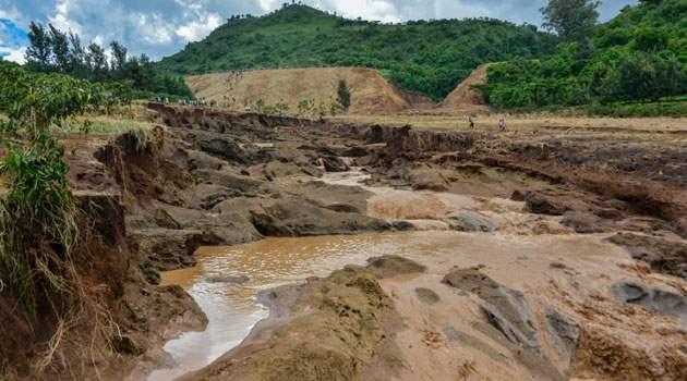 В Кении рухнула плотина