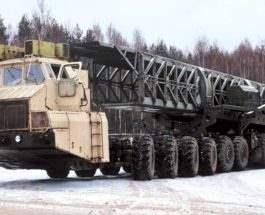 Грузовик МАЗ с приводом 24x24