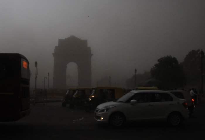 Индия шторм
