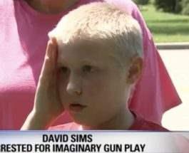 аутизм арестован в США