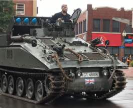 Alvis FV102 Striker
