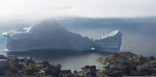 Айсберг Гренландия