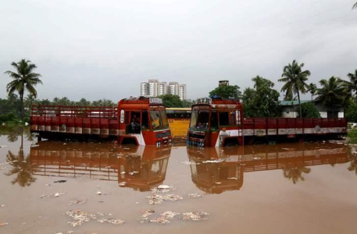 Индия дожди