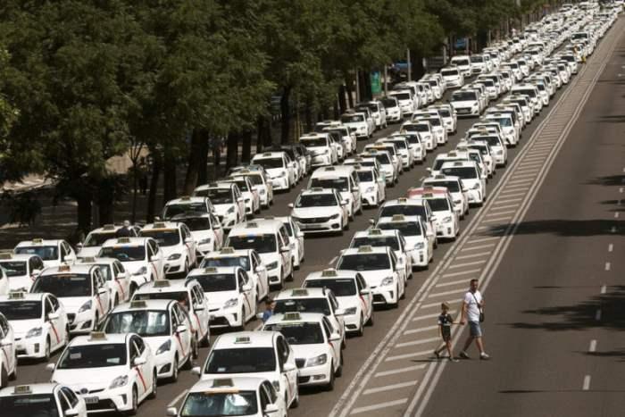 Испания такси