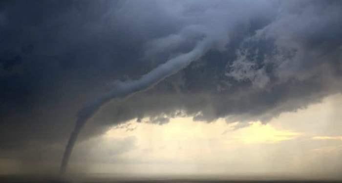 Морской торнадо Италия
