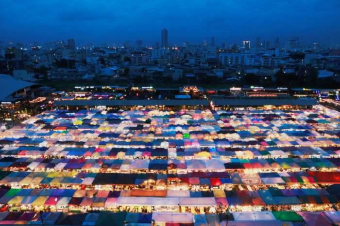 Ночной рынок в Бангкоке