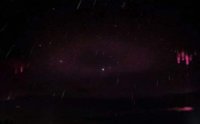 фиолетовое кольцо в небе над Россией