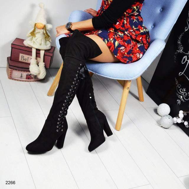 Ботфорты со шнуровкой