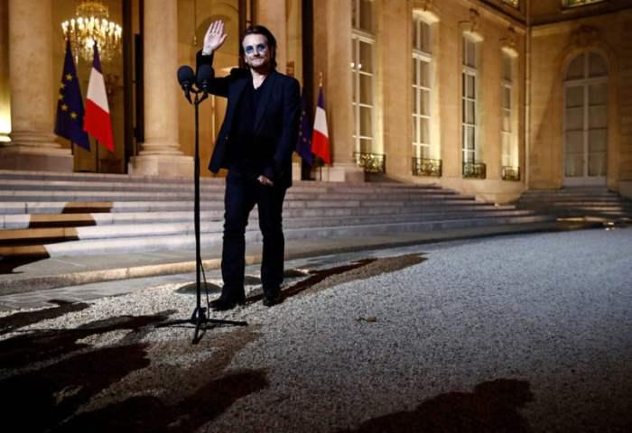 Вокалист ирландской группы U2 Боно