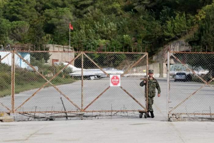 Член вооруженных сил Албании