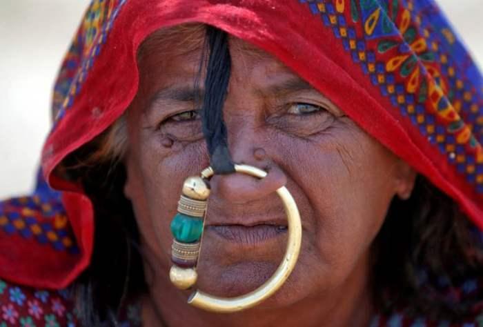 женщина-индия-пасту