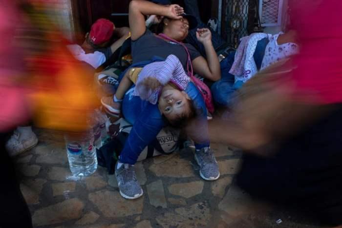 мигранты караван