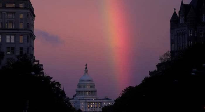 Вечерняя радуга над Капитолием США