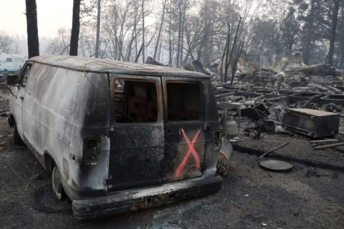 Сгоревший фургон